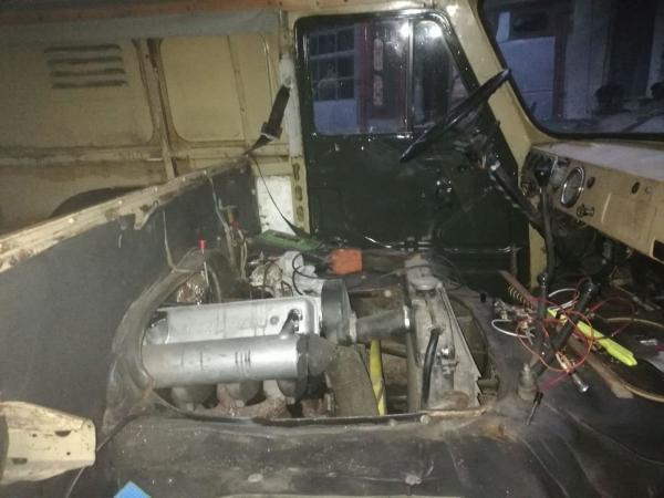 UAZ 452 Andoria 4T90 diesel