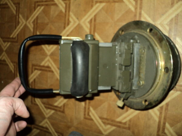 MK-4 periscope in an armoured housing