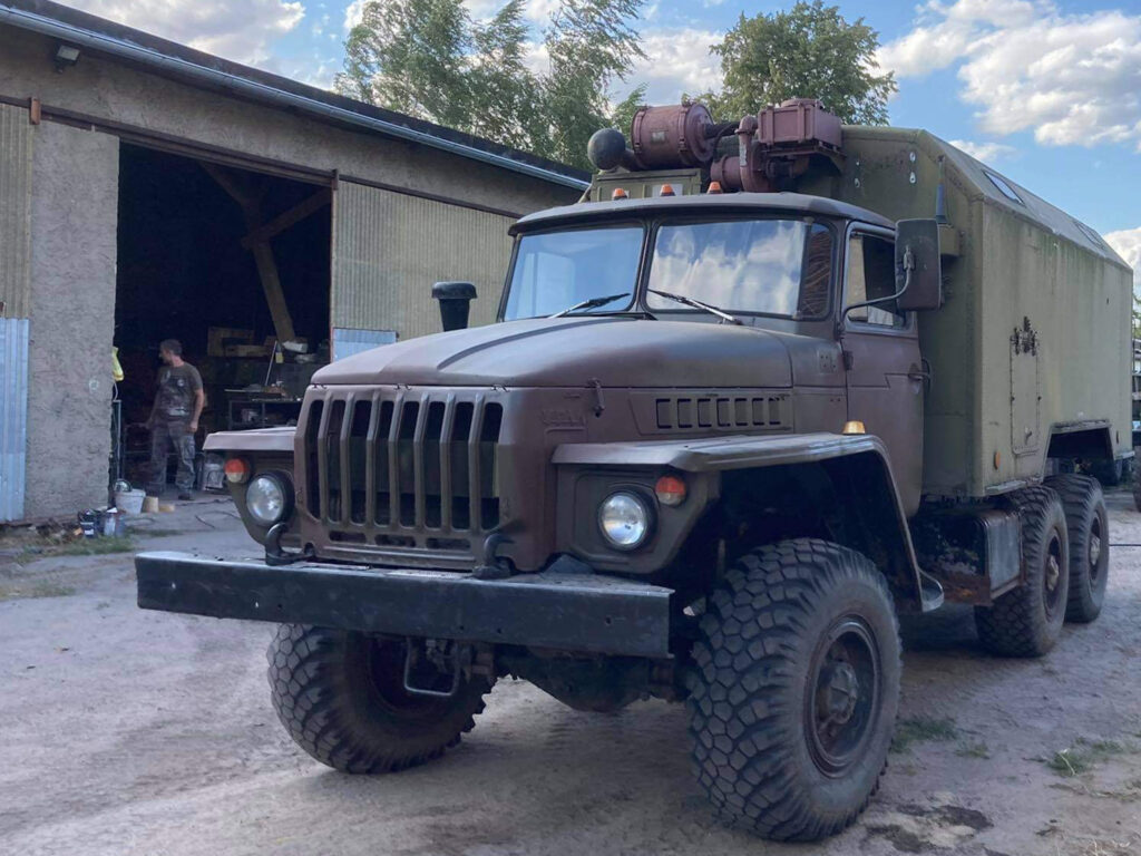 Ural 4320 with KUNG radio box for sale